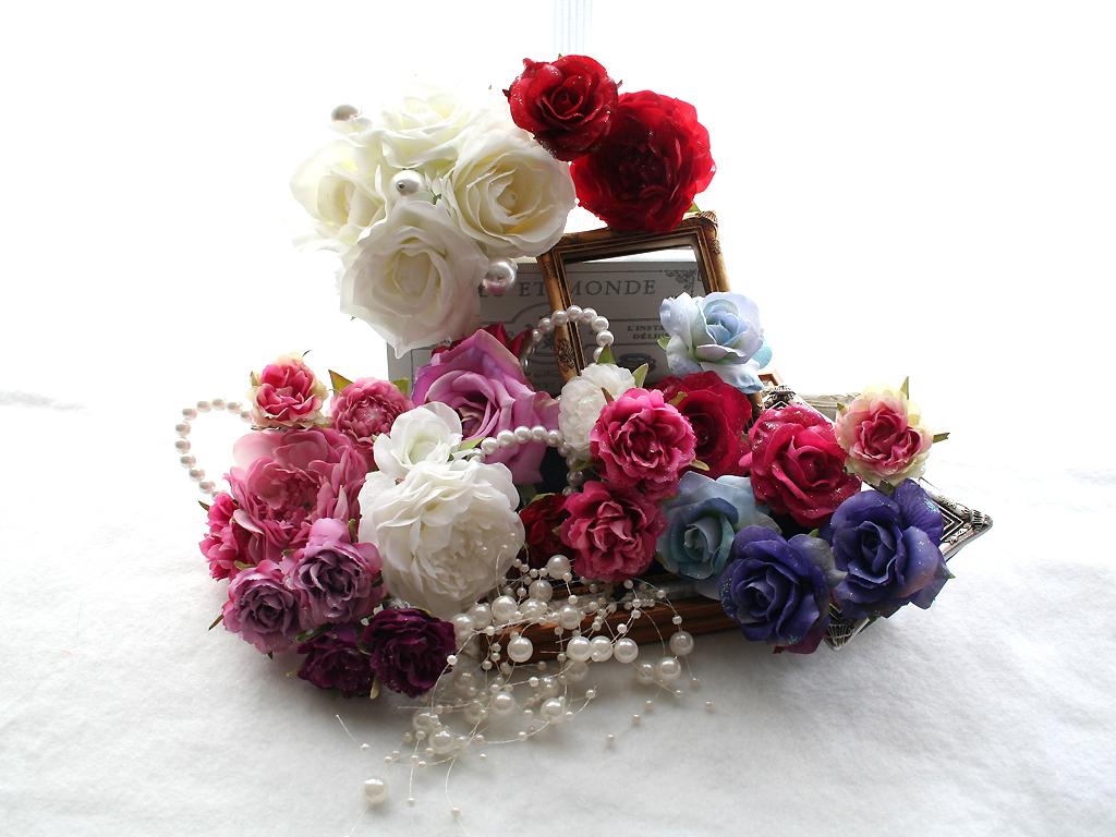 清楚で上品なバラを中心としたパーツの髪飾り(26パーツ)