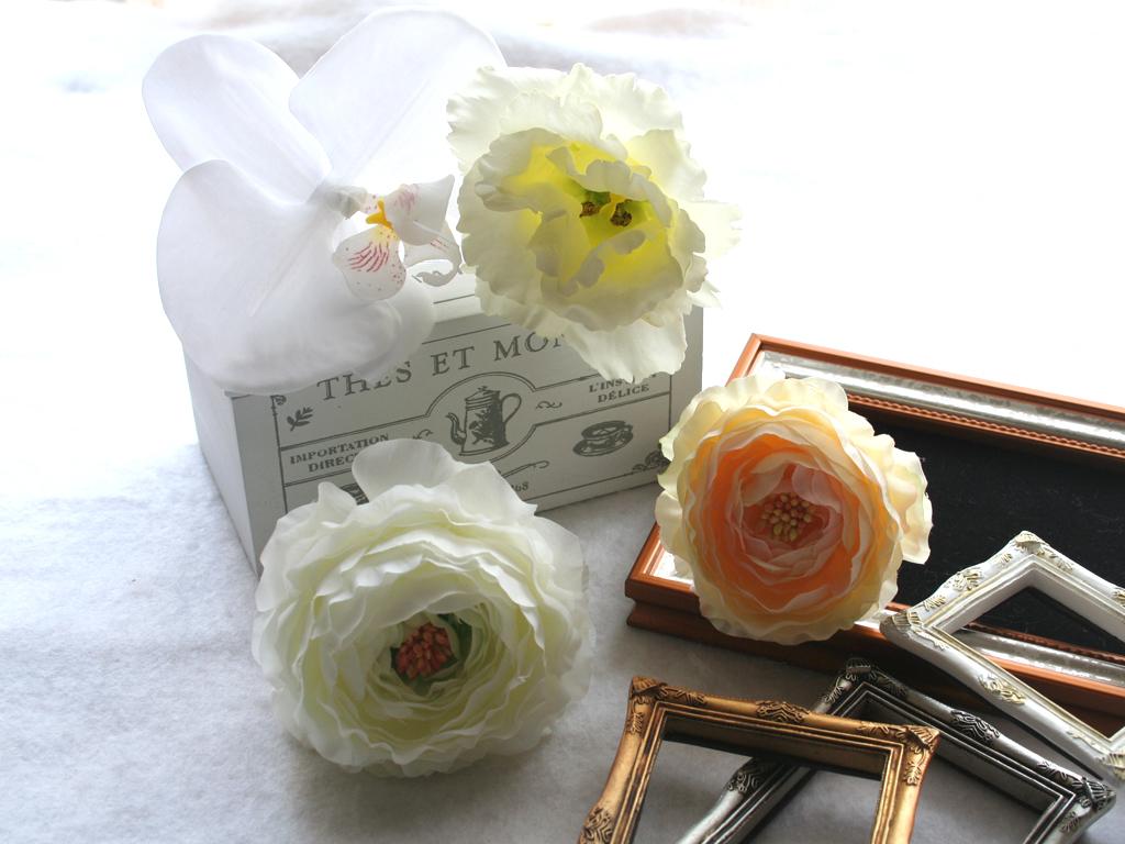 胡蝶蘭とラナンキュラスの髪飾り:HA049